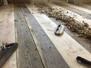PROJEKTS · · · Oleru muižas kungu mājas 18.gadsimta grīdas restaurācja